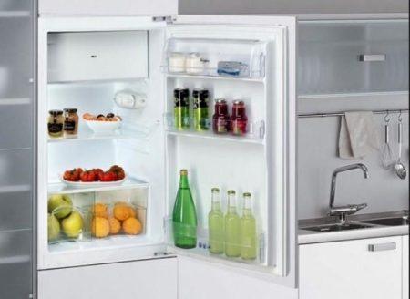 Whirlpool ARG450/A+ hűtőszekrény beépíthető -30%!!!